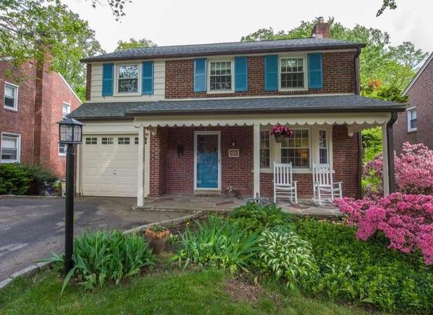 Penn Wynne 4 bed colonial